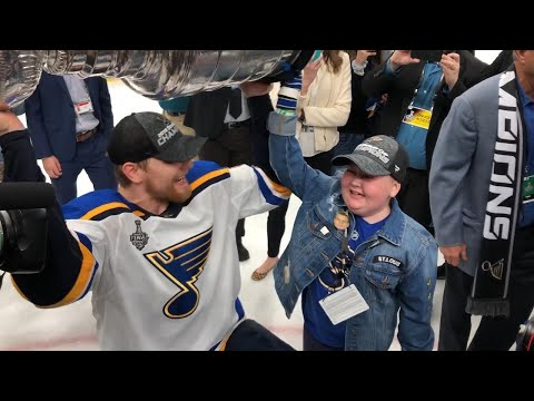 Big Mike - Laila Anderson got to Hoist the STANLEY CUP!