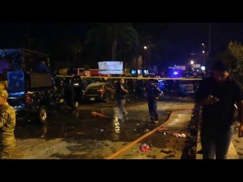 عشرة قتلى على الأقل في هجوم انتحاري وسط بغداد  - نشر قبل 3 ساعة