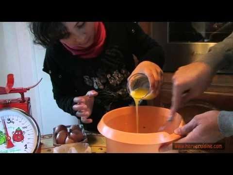 gâteau-au-yaourt-facile-à-la-vanille-pour-enfants-(avec-olivia!)