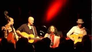 "Géraldine Torres + Karpatt ""jetons bas les masques"" festival ""Ballades en novembre"""