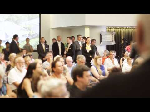 Ray White Live Online Auctions -  InRoom Auction Showcase