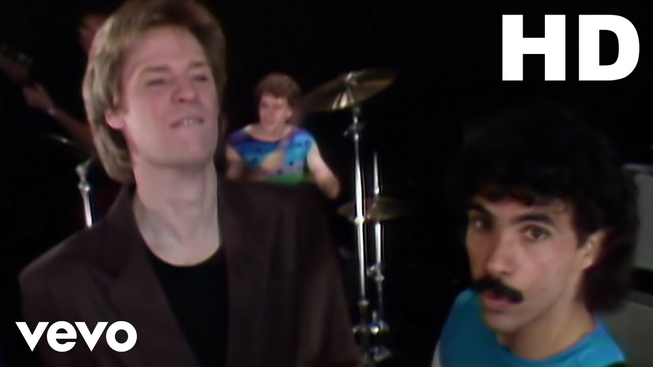 Daryl Hall & John Oates - You Make My Dreams (Official HD Video)