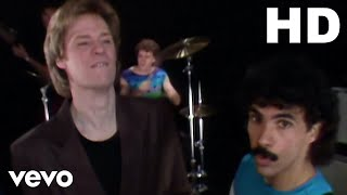 Daryl Hall & John Oates - You Make My Dreams (Official Video)