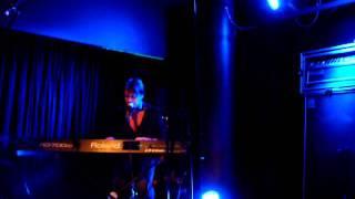 Brett Anderson - Leave me sleeping (14.10.11, IKSV Salon, Istanbul)