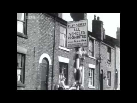 Film Clips of a Northern town and Stockport