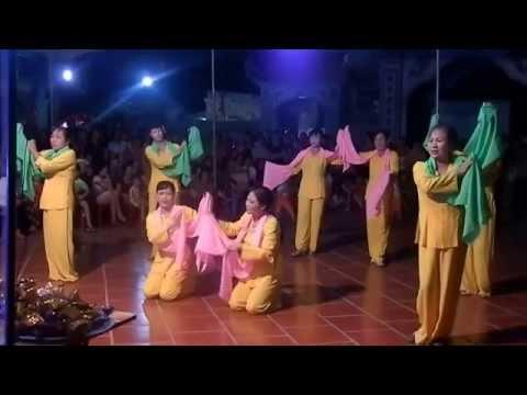 Hát Chèo Hội Đền Thôn Lương Phú, xã Tây Lương, huyện Tiền Hải, tỉnh Thái Bình múa lụa