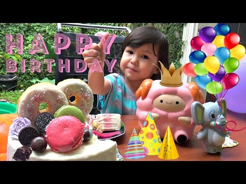 Birthday Squishy Surprise 🎂 PAT PAT ZOO - Buka Kado Ulang Tahun