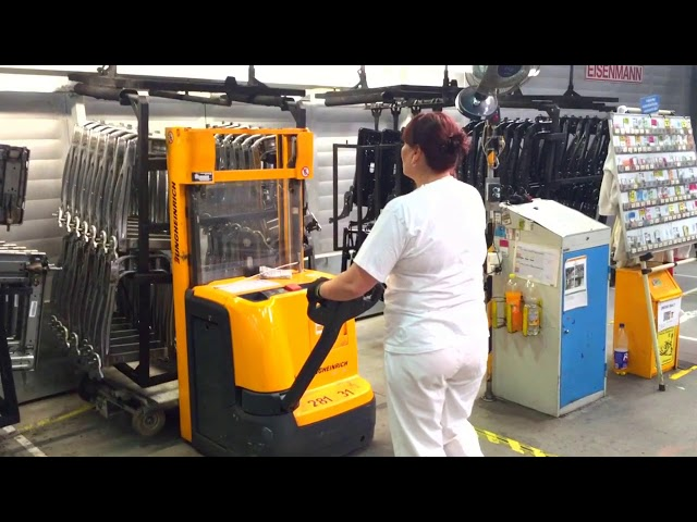 Работа в Чехии на заводе Faurecia, производство автомобильных кресел.