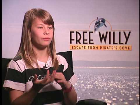 Bindi Irwin Interview for FREE WILLY: ESCAPE FROM PIRATES COVE
