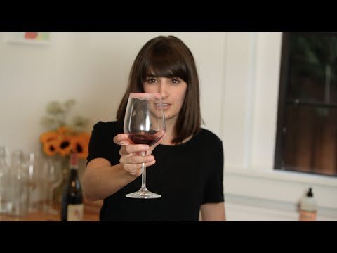 HOW TO: Get Lipstick Off Wine Glasses