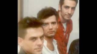 Casanovas - Huyendo De La Ley - 1988 (Audio Con Imagenes)