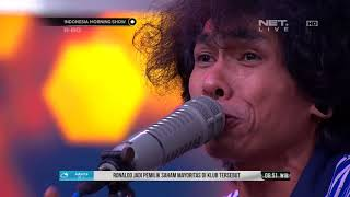 Performance Fourtwnty Fana Merah Jambu