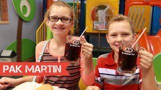 Reaksi Anak Amerika Makan di A&W di Indonesia