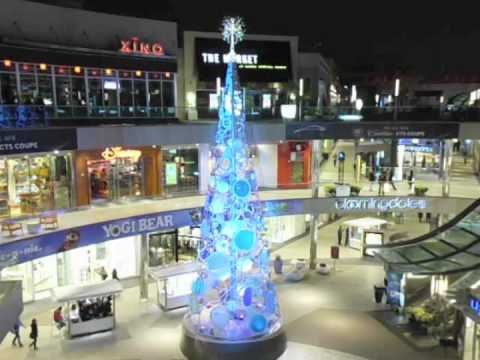"Santa Monica Place Animated Tree ""J Soul"""