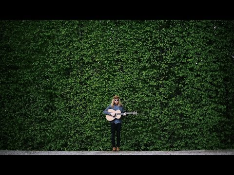 Stu Larsen - Thirteen Sad Farewells (Official Video)