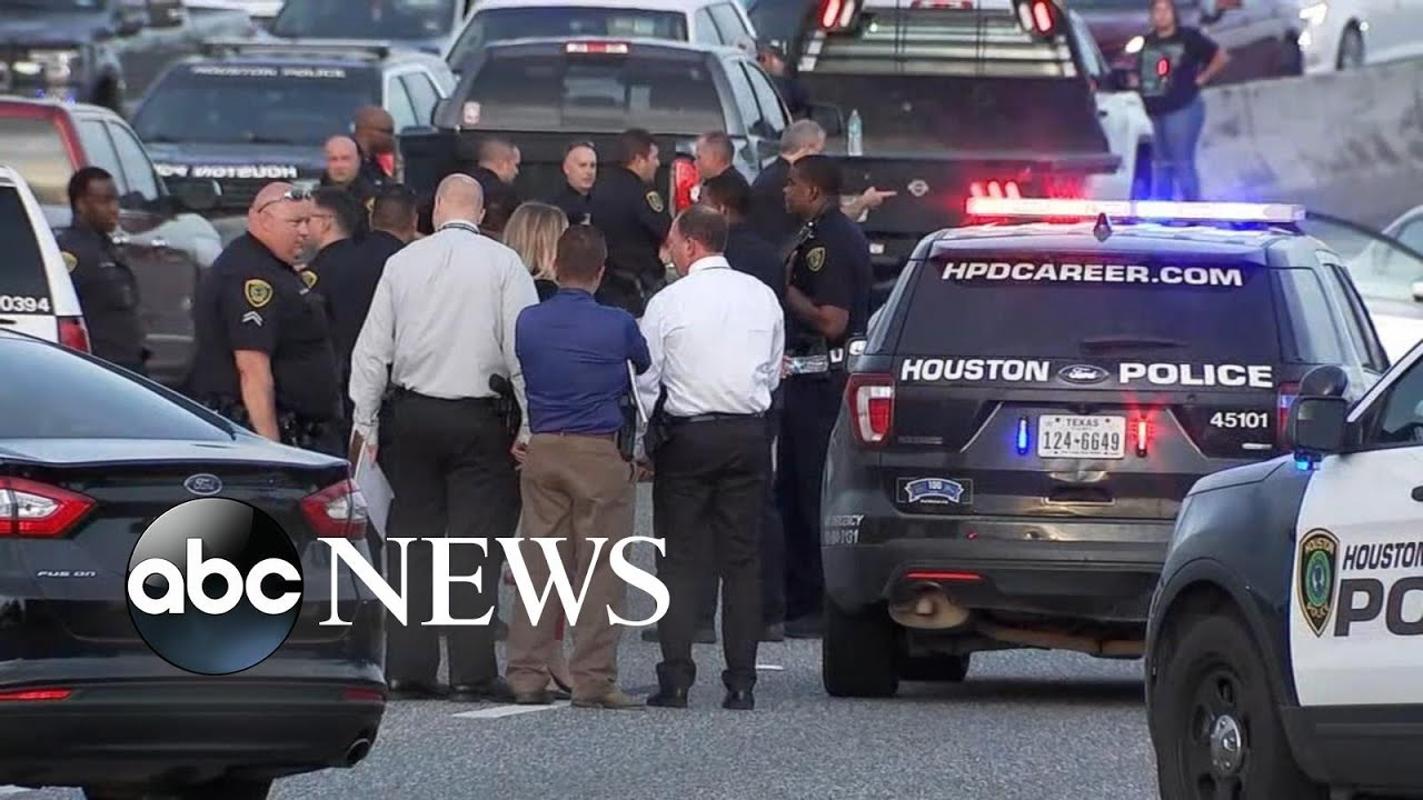 Police looking for suspect in deadly Houston freeway shooting
