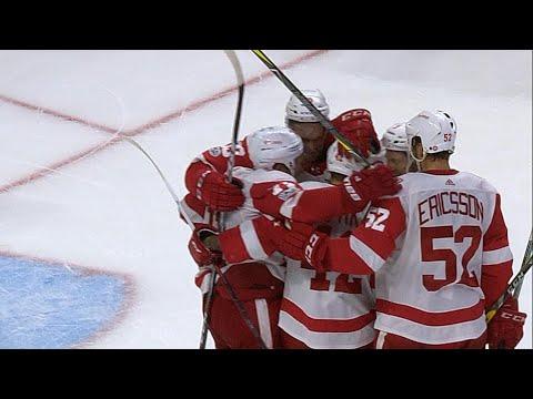 10/07/17 Condensed Game: Red Wings @ Senators