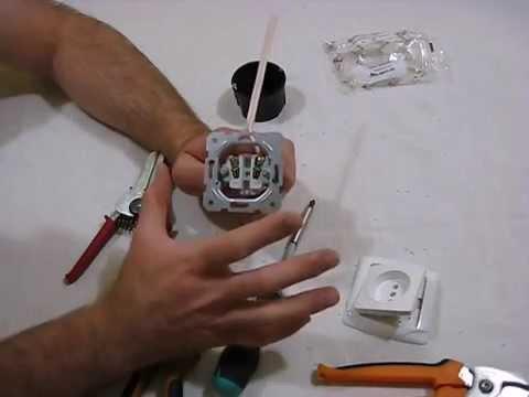 Как подключить розетку без заземления