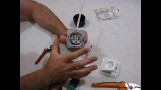 Как подключить розетку(Электрика в квартире и доме своими руками ч.3 Ремонт электропроводки и все что с этим связано, в этом видео..., 2014-05-23T05:19:03.000Z)