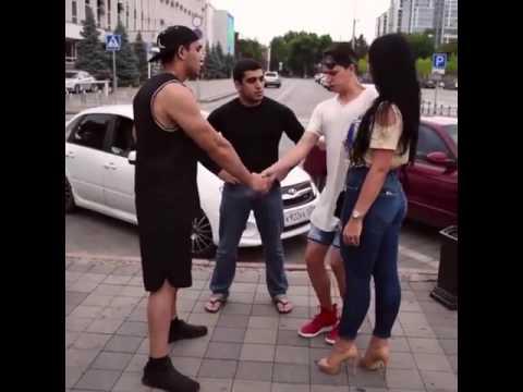 русские парни знакомятся на улице