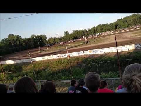 B Mod Heat Races Mt. Pleasant Speedway 6/3/16
