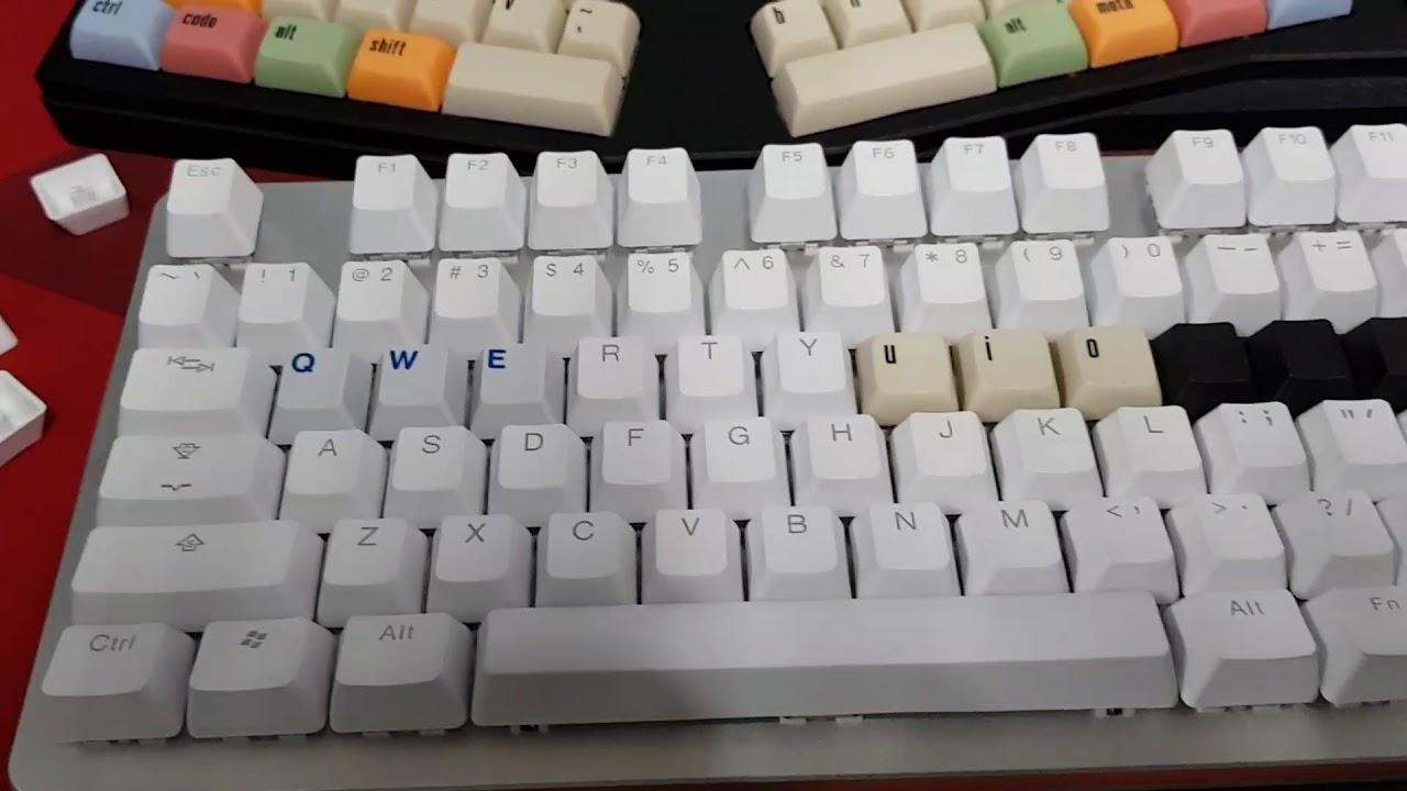 80b3f84af16 Massdrop x Input Club K-Type Mechanical keyboard typing, Halo true switch