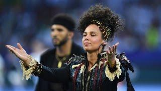 The Story Behind Alicia Keys' #NoMakeup Motivation