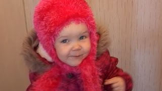 Как связать зимнюю шапку для ребенка 2 -  3 лет ( травкой, спицами!!! )(зимняя шапка для ребенка 2 - 3 лет Вам понадобится пряжа