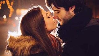 أول قبلة FIRST KISS
