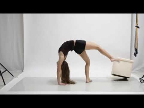 gym contortion flexibillty workout stretch yoga girl