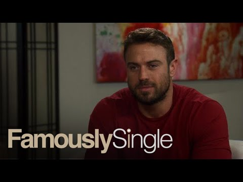 Chad Johnson Never Mourned the Death of His Mother | Famously Single | E!