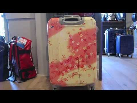 How to clean your luggage
