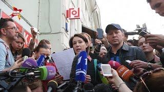 Чулпан Хаматова и Евгений Миронов зачитали обращение в поддержку режиссера Кирилла Серебренникова