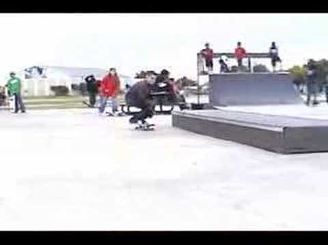 Alex Chapa's part from OUT SKATING (re-edit)