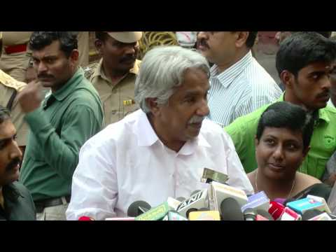 Jayalalitha News - Former Kerala CM Oommen Chandy Visits  Apollo to Meet Jayalalitha