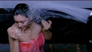 SVSC Dil Raju - Oh My Friend Movie Scenes - Siddharth & Shruti Hassan following Hansika