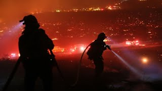 Californie : les incendies continuent leur progression, Santa Barbara menacée