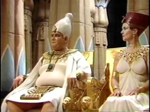 The Cleopatras (1983) Episode 1