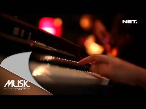Music Everywhere - Sandy Sondoro - Superstar