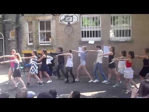 Select English Cambridge English + Musical Theatre
