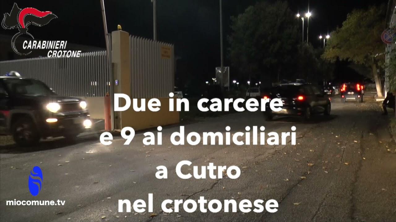 Cutro, voleva interrompere la relazione: picchiano padre e fratello della ragazza, 11 arresti VIDEO