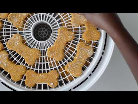 DIY Carrot And Banana Dog Treats With Almond Milk