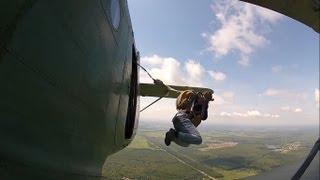 Первые прыжки с парашютом + камера на крыле АН-2