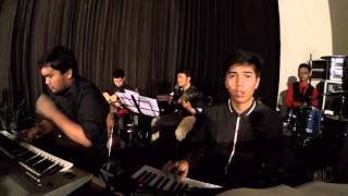 Bagaikan Bintang-Bintang (Sari Simorangkir ft Ruth Sahanaya) Natal UKDW 2015