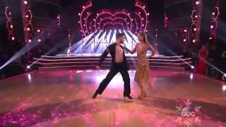 Dancing With the Stars Season 17  Finals Elizabeth Berkley & Val Chmerkovskiy