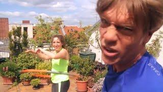Finde dein Fitnessgerät: Anna und Achim testen den Rock Ring