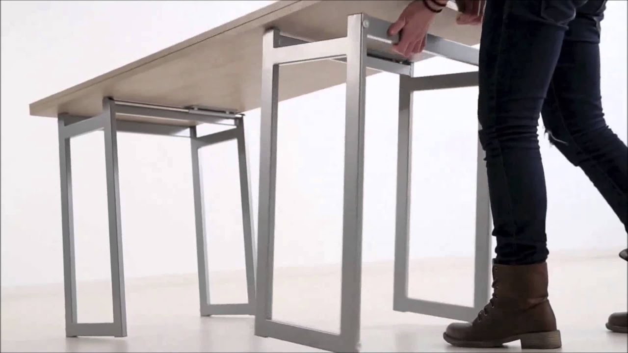 Mesa de centro transformable en mesa de escritorio o de for Escritorios para salon comedor