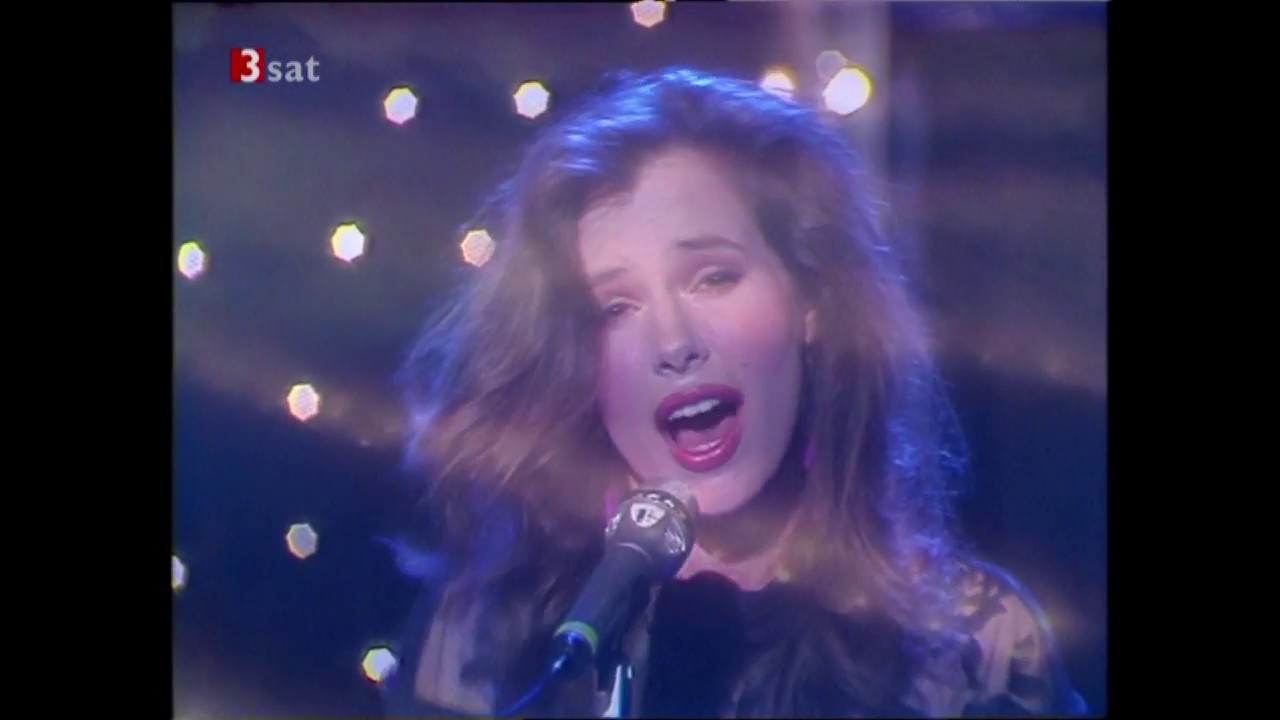 Lory (Bonnie) Bianco - A Cry In The Night - YouTube