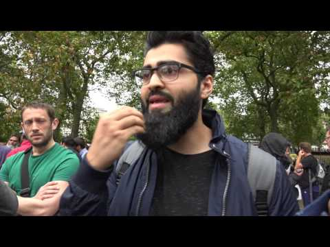 Speakers Corner - Atheist talking to Muslim - Can Atheists account for rationality