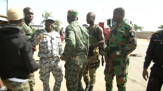 Mutineers in Ivory Coast accept deal to end revolt